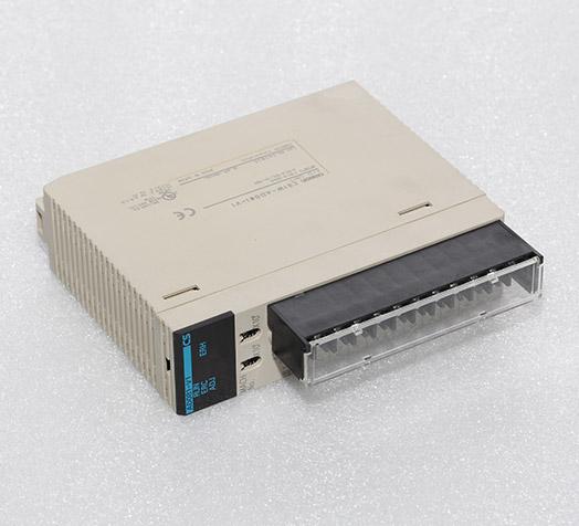 欧姆龙plc  CS1W-AD081-V1