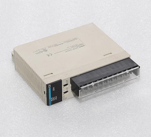 欧姆龙plc  CS1W-DA041