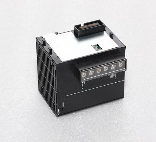 欧姆龙plc  CJ1W-PA205R
