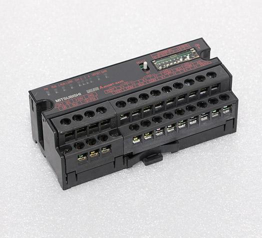 三菱控制器 AJ65SBT-64AD