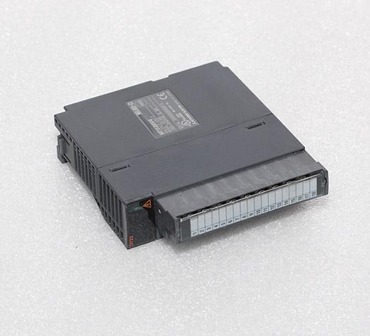 三菱plc编程器 QY22