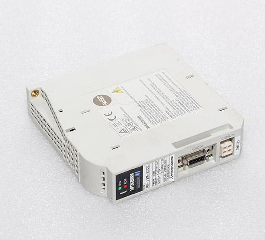 三菱伺服plc MR-J2M-20DU