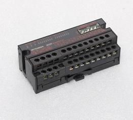 三菱控制器 AJ65SBTB1-16T