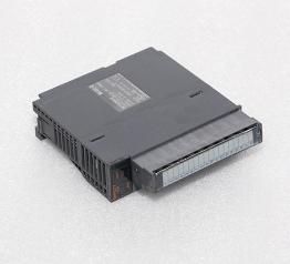 三菱控制器 Q64TCTT
